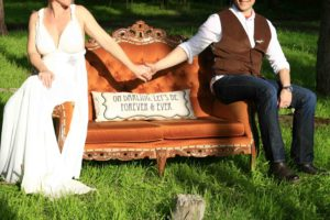 www.creativenook.co.za_photography_event-coordination_minette&chris_couch-bride-groom-2