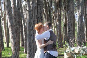 www.creativenook.co.za_photography_event-coordination_minette&chris_fist-kiss